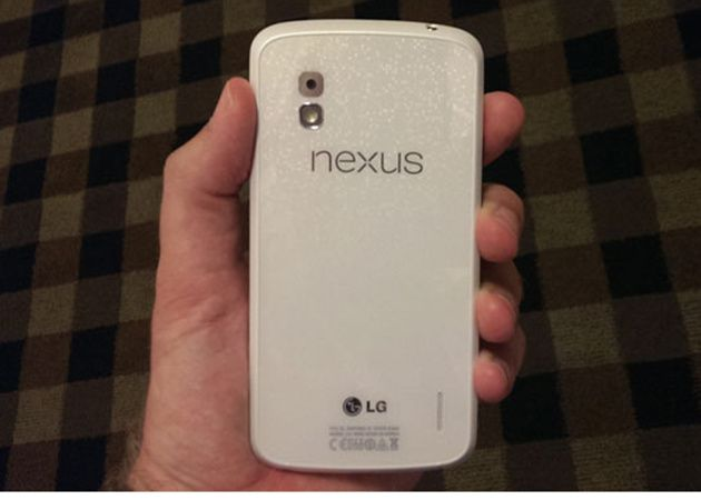 Google Nexus 4 blanco en junio y con Android 4.3